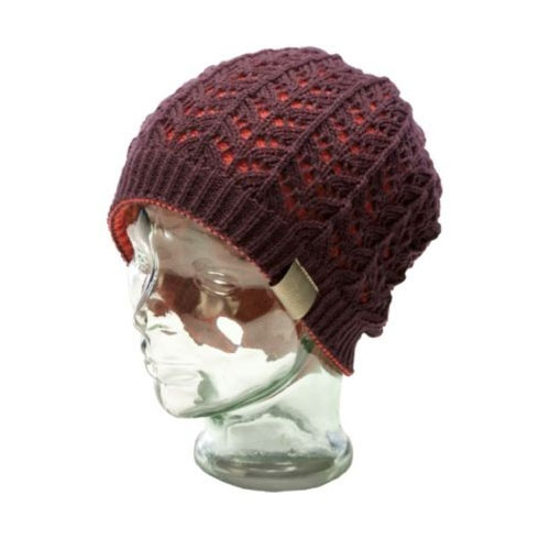 čiapka RIDE Lacey Reversible Beanie Dark Plum